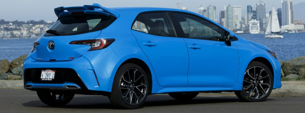 2019-Corolla-Hatchback-blog-feature_o - Salinas Toyota