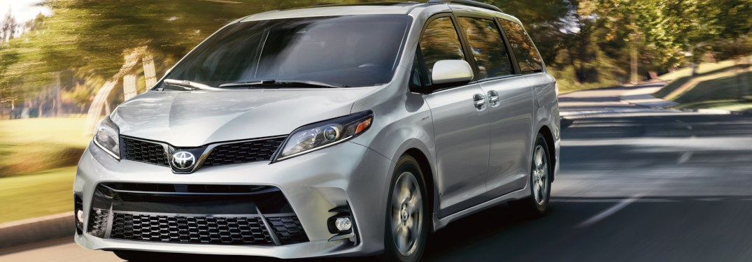 What's the interior volume of the 2019 Toyota Sienna?