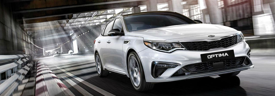 Fuel economy rating of the new 2019 Kia Optima by engine and trim level