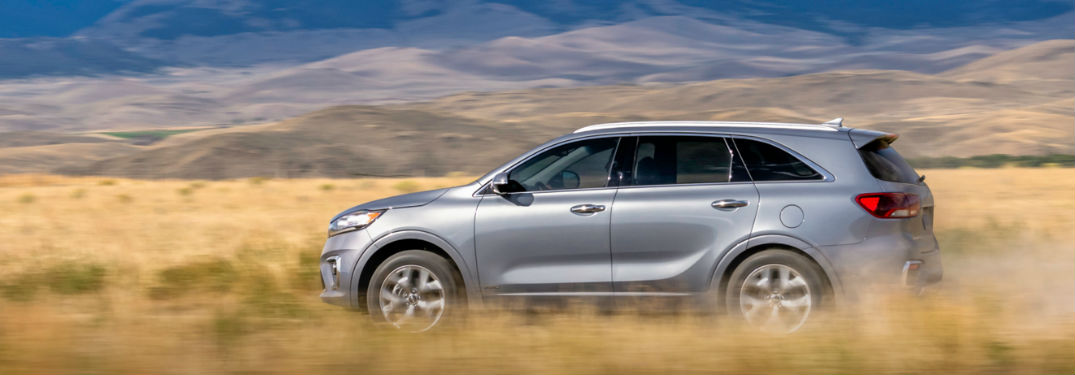 2020 Kia Sorento impresses crossover SUV shoppers with a long list of exterior paint color options to choose from