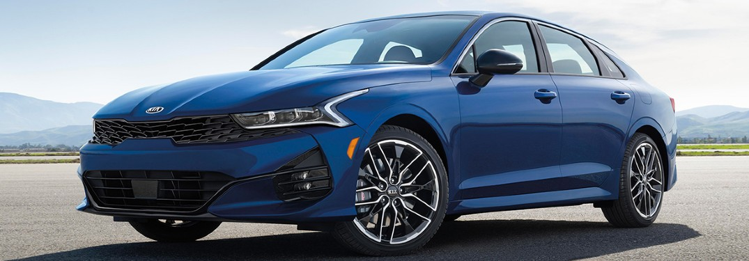 2021 Kia K5 front and side profile
