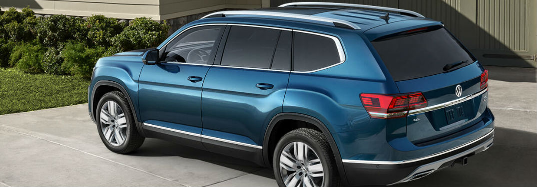2019 Volkswagen Atlas parked in a driveway