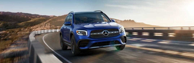 2020 Mercedes-Benz GLB Exterior Passenger Side Front Angle