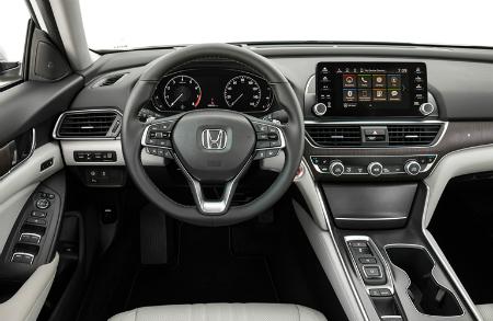 2018 Honda Accord Touring dashboard and steering wheel
