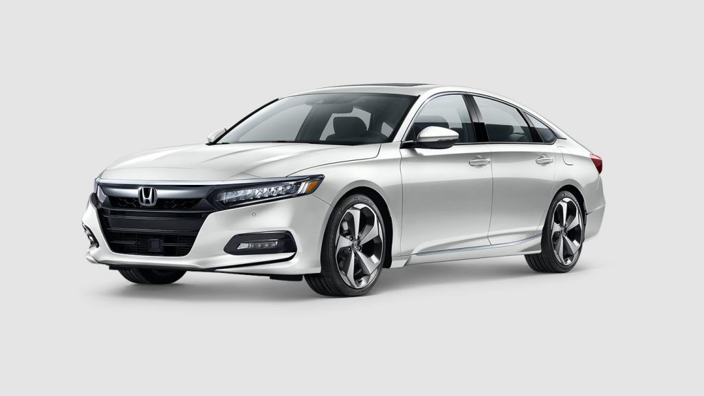 2018 Honda Accord in platinum white pearl paint color