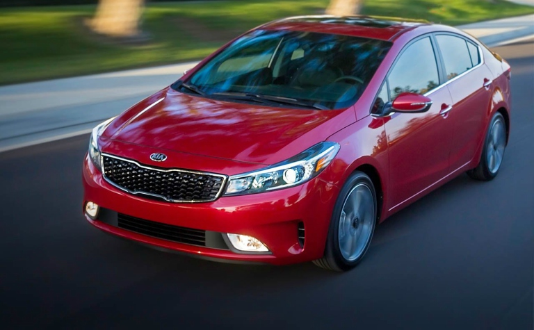 red 2018 Kia forte front side view