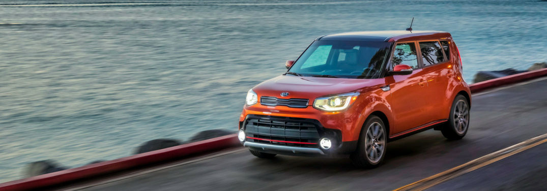 full view of 2018 kia soul driving