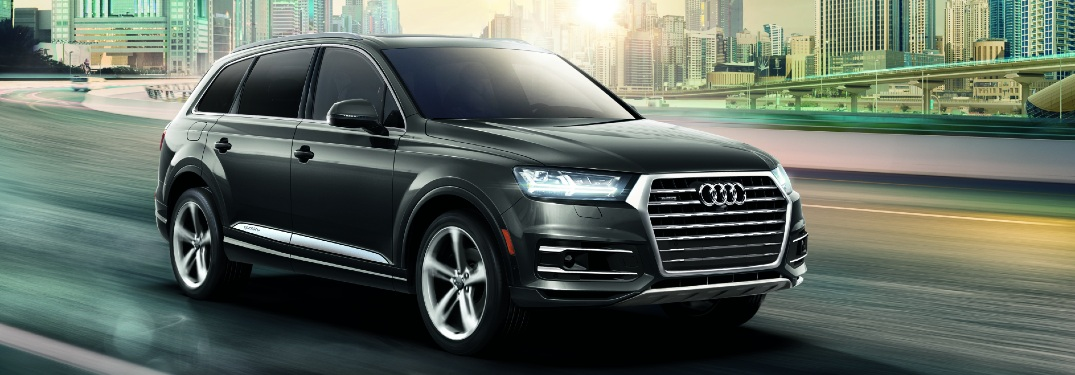 2019 Q7 driving on city highway