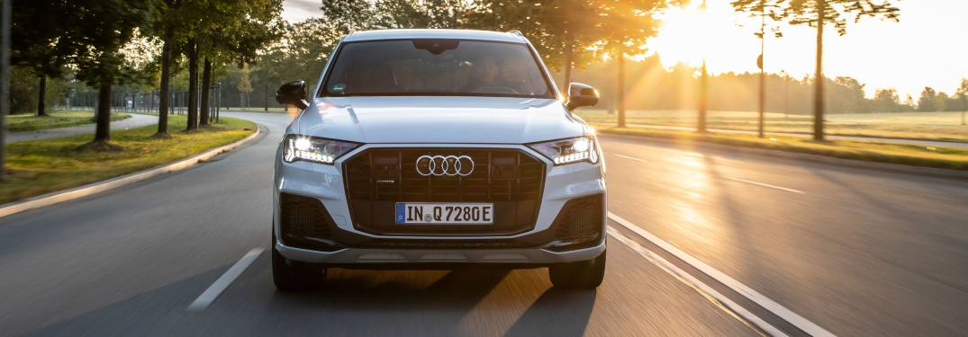 2020 Q7 driving on scenic drive