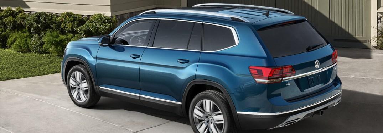 2019 Volkswagen Atlas parked in a driveway