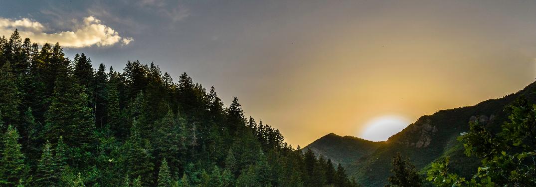 A Californian mountain landscape at sunset
