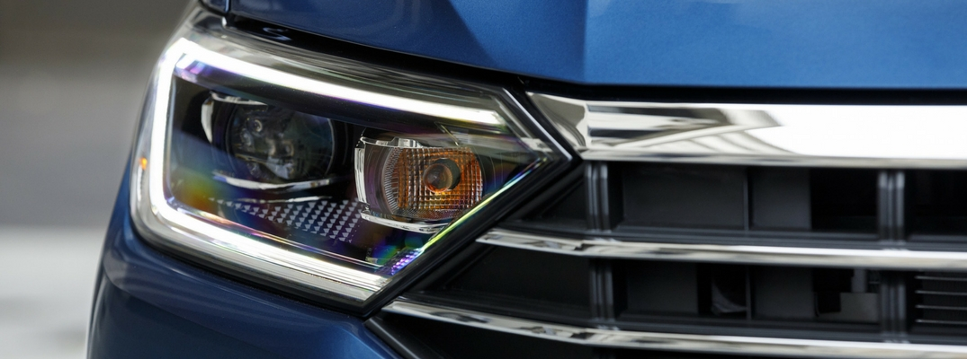 2019 VW Jetta Close up View of Headlight and Front Grille