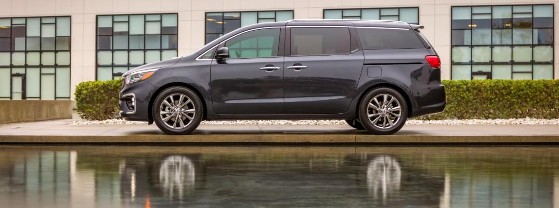 Side profile of 2020 Kia Sedona minivan