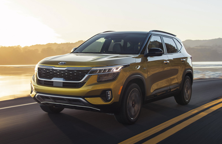 Front/side profile of the 2021 Kia Seltos