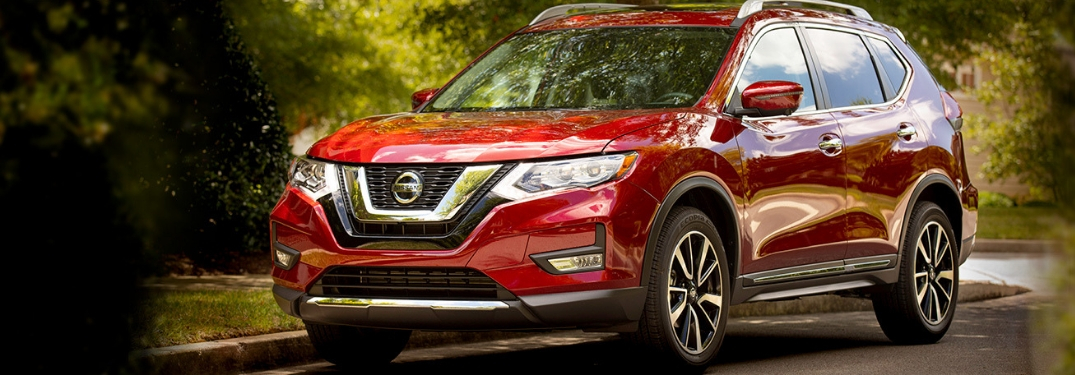 What are the performance and capability specs of the 2019 Nissan Rogue?