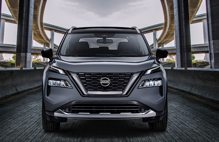 2021 Nissan Rogue front end