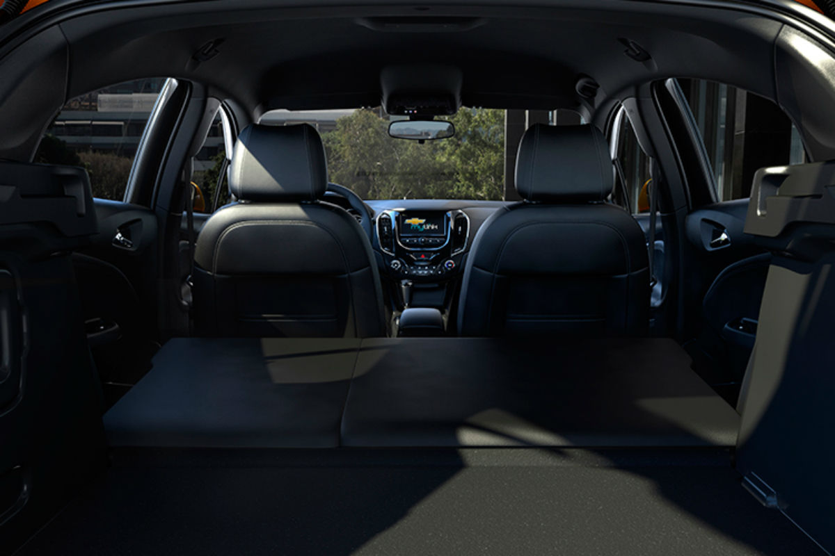 What is the Performance & Efficiency of the 2018 Chevrolet ...