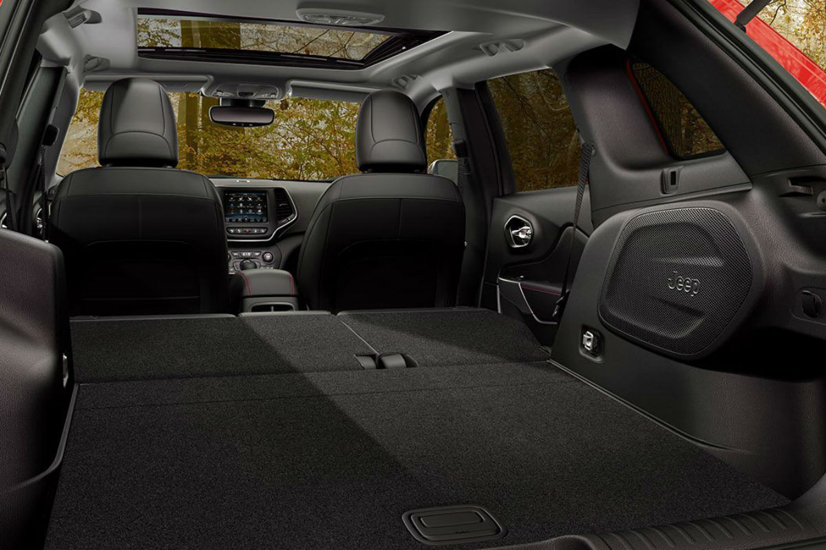 Rear seats folded flat for storage in the 2019 Jeep Cherokee