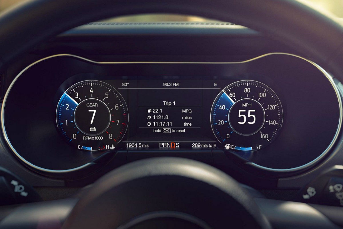 Customizable driver information center of the 2018 ford mustang