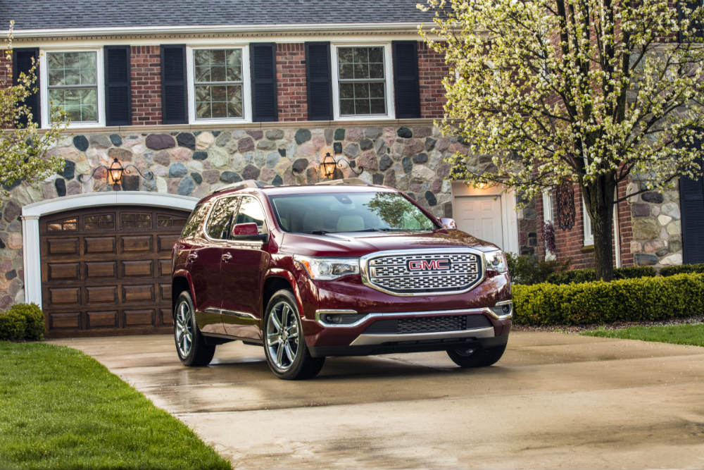 Show Me The Specs Features Of The 2019 Gmc Acadia Denali