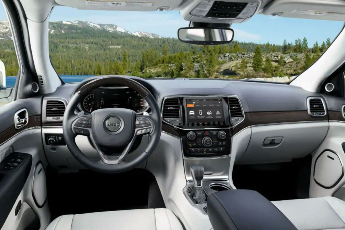 How Many Engines are Available for the 2019 Jeep Grand Cherokee?