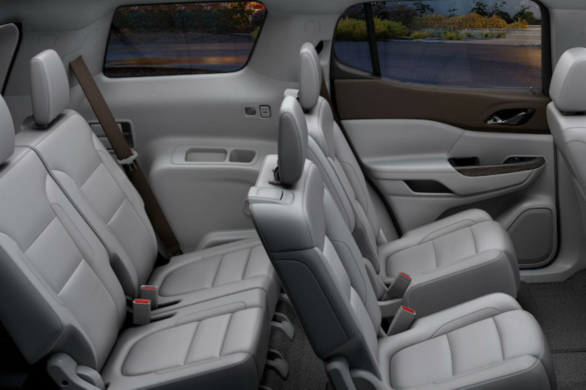 Side view of the two rear rows of seating in the 2019 GMC Acadia