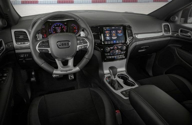2020 Jeep Grand Cherokee interior cockpit