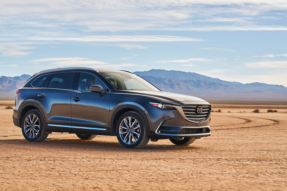 car and driver calls the mazda cx 9 the successul blend of zoom zoom and room room maple. Black Bedroom Furniture Sets. Home Design Ideas