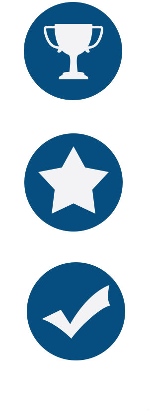 Three blue dots with icons of a trophy, star and checkmark