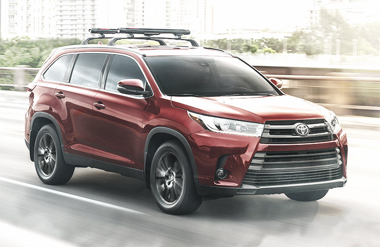 Phil Meador Toyota >> 2019 Toyota Highlander Driving In The Winter O Phil Meador Toyota