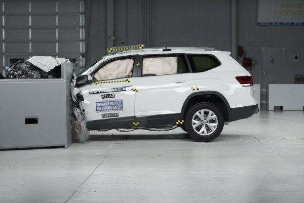 2018 Volkswagen Atlas IIHS Front Crash Test