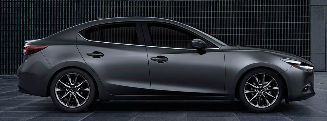 2018 Mazda3 fuel economy and maximum driving range