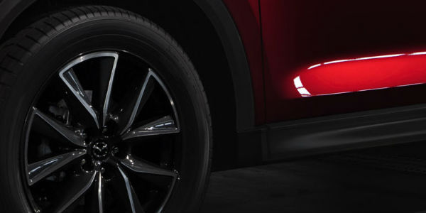 Close Up of 2018 Mazda CX-5 Wheel
