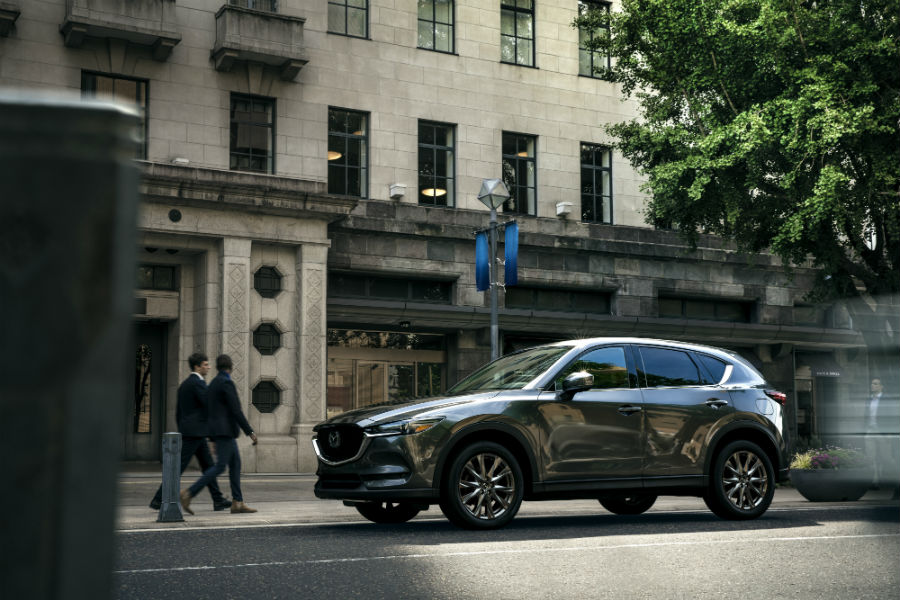 A left profile photo of the 2019 Mazda CX-5.