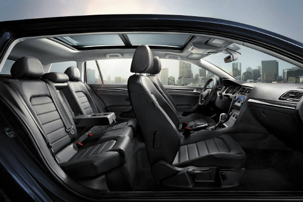 2018 Volkswagen Golf Sportwagen Interior O Onion Creek Volkswagen