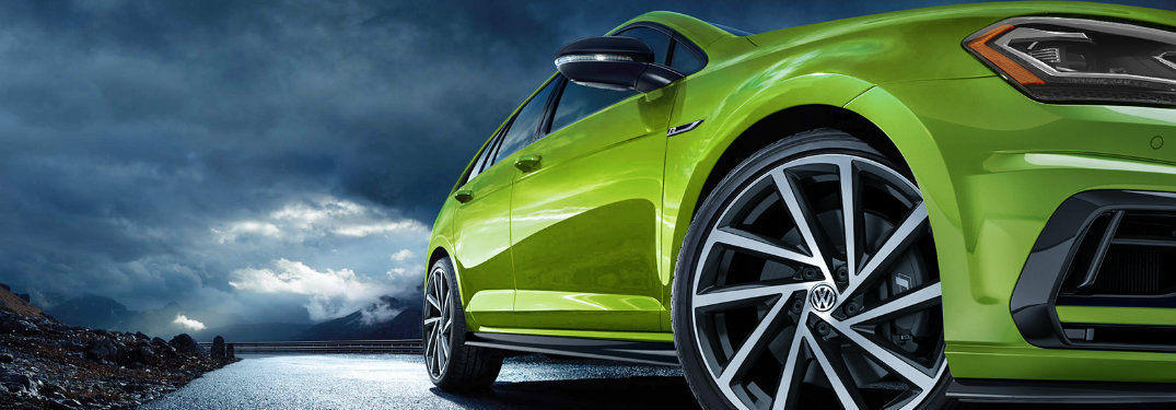 2019 Volkswagen Golf R Viper Green