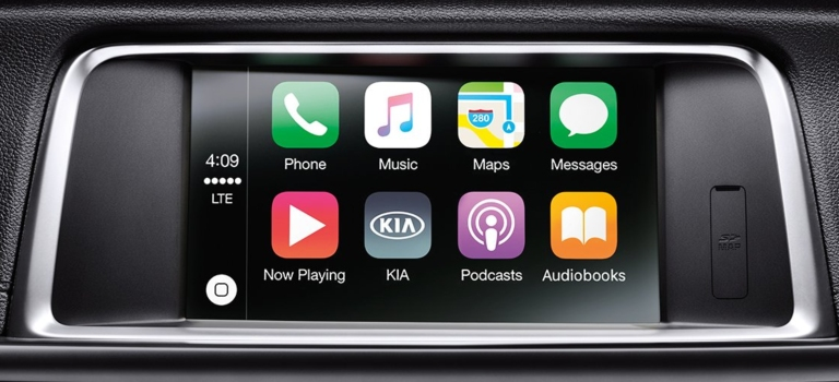 2019 Kia Optima Apple CarPlay screen