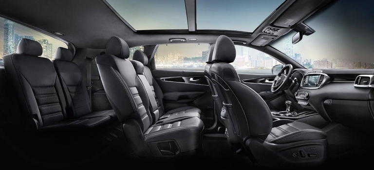 2019 Kia Sorento three rows of seating in black leather