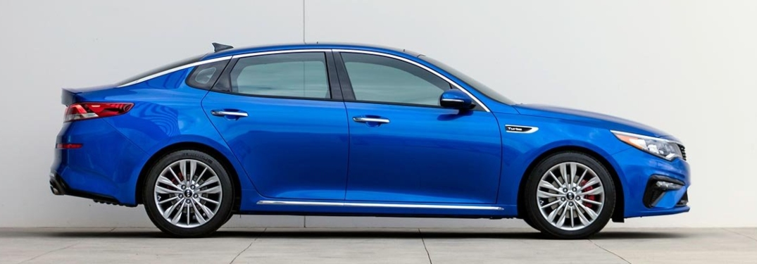 2019 Kia Optima blue side view