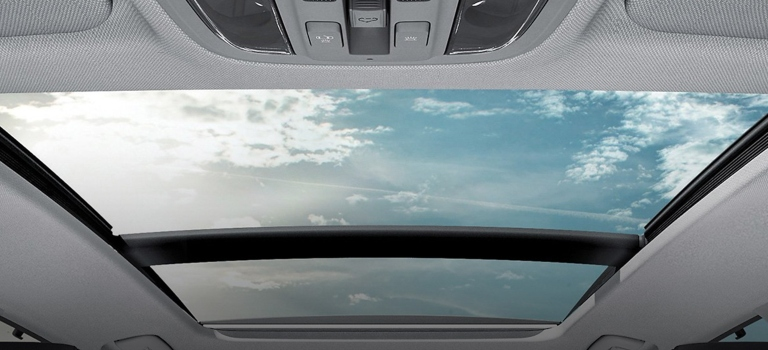 2020 Kia Optima panoramic sunroof