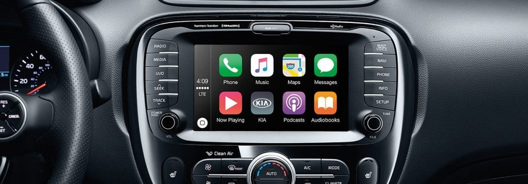 Apple CarPlay on the infotainment system in the 2018 Kia Soul
