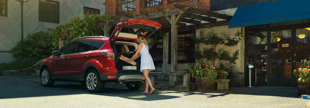 cargo space in the 2018 ford escape. Black Bedroom Furniture Sets. Home Design Ideas