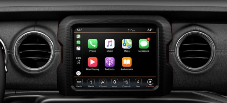 2019 Jeep Gladiator infotainment screen with Apple CarPlay