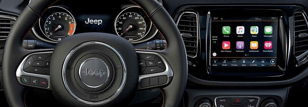 What can you do with Apple CarPlay and Android Auto?